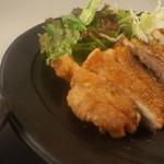 翠翔 - モモ肉のからあげ 塩ポン酢でお召し上がりください。