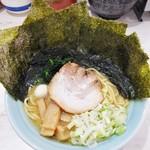 龍一郎 - ラーメン780円麺硬め。海苔増し80円。