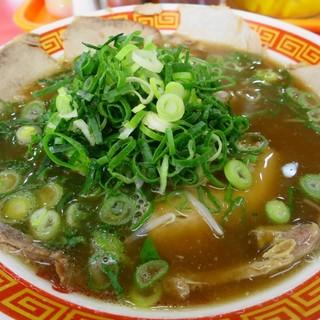 もっこす - 料理写真:中華そば670円(朝割引)