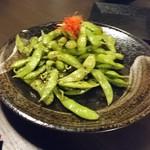 浜松町個室×チーズタッカルビ ミートセラー - 炙り枝豆のペペロンチーノ