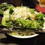 浜松町個室×チーズタッカルビ ミートセラー - オニオンサラダ