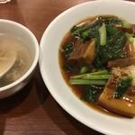 86491301 - 豚角煮あんかけご飯(税込860円)
