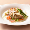 colombin - 料理写真:週替りランチ(鶏もも肉の白ワイン煮クリームソース)