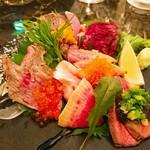 和牛炭焼き日本酒バル LUMP - ・肉刺し盛り(2名1560円)
