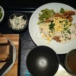 祭り鶏もんど - とり南蛮定食666円