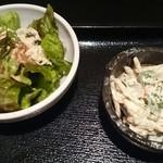 祭り鶏もんど - サラダとごぼうサラダ 拡大
