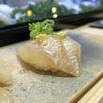 寿司処 翔海 KAKERU - 平目昆布〆