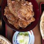 炭焼豚丼 空海 -