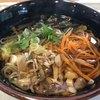 道の駅 どうし 手づくりキッチン - 料理写真:ふるさと山菜そば 608円。