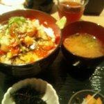 8652556 - 漁丼(500円)