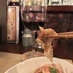 個室ワインビストロ ぶんがぶんが - 個室ワインビストロ ぶんがぶんが 渋谷店(東京都渋谷区道玄坂)鳥軟骨のガーリックオイル漬け