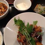 中国酒家 大天門 - 黒酢の酢豚