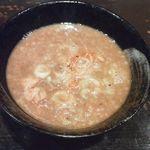 美豚 高幡不動店 - 煮魚出汁つけ麺のつけ汁