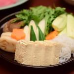 人形町今半 - 【すき焼き 極上】お豆腐や野菜たち
