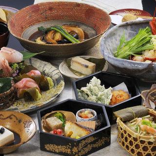 伊豆高原名物「桜懐石」ランチ限定の軽めのコースもございます。