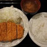 とんかつ天領 - 三元豚極楽とんかつ御膳(850円)
