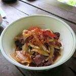 森のラーメン高須 - 熊肉皿