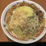階杉 - 杉二郎 中(2玉 240g) 油、野菜増し〜(*^▽^*)❤️  ピンボケ…(T_T)