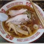 86545645 - 中華そば「あっさり」 600円、 縮れ麺で