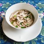 86547538 - 山梨県産しいたけのスープ