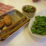 8655493 - 串カツ(アスパラ・玉葱・蓮根)、枝豆、牛スジ土手