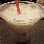 ベーカリー&カフェ Vent Dor Cafe - アイスカフェラテ: 280円 (2011/7)