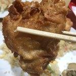 ラーメン中華食堂 新世 - 【2018.5.21】ドデカいチキンの唐揚げ‼️