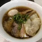 86561919 - 特製醤油らぁ麺 ¥1100