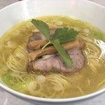 86561926 - 塩らぁ麺 ¥850