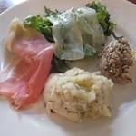 オステリア コマチーナ - 前菜の盛り合わせ