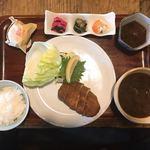 とんかつ青柳 - 料理写真:ボン・ロースとその他