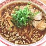 麺切り 白流 - 醤油そば 770円