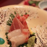 料理屋 真砂茶寮 - 向付 マグロ ヒラメ 蝦
