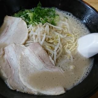 虎龍馬 - 料理写真:とんこつラーメン