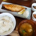 ビオ・オジヤン・カフェ - サバの炙り焼き定食。