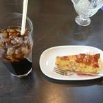 ペレニアルロックガーデン春子谷地 cafe ミルクの里 - アイスコーヒーとべリーベリータルト