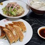 86590062 - 餃子2種、冷やし中華