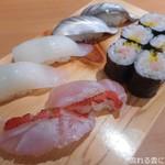 寿司処 都々井 - 炙り金目鯛・いか・トロたく巻・小肌