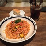 シチリアンテラスボーノ - 【ランチ】ツナとズッキーニのトマトソース 970円(税込)