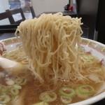 新華園本店 - 麺