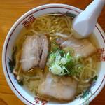 ラーメンうめ八 - 料理写真:塩(\650税込み)