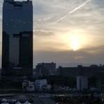 86602635 - 夕方からの景色。                       昼間は梅田ガーデンと、                       工事中と、今はBBQのんが見えま。