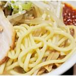 らーめん蓮 - ガチムチな太麺。