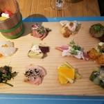 漬け野菜 イソイズム - 12種の漬け野菜のプレート