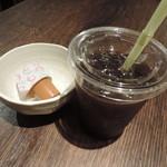 鳥牛 - サービスのアイスコーヒー