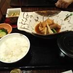86611218 - 魚の煮付け定食
