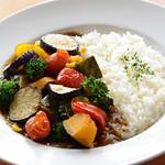 人気!1日分の野菜たっぷりカレー