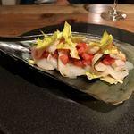 イタリアン アンド ワイン チャコール - タイラ貝のカルパッチョ