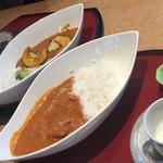 かわら亭 - チキンカレー・野菜カレー