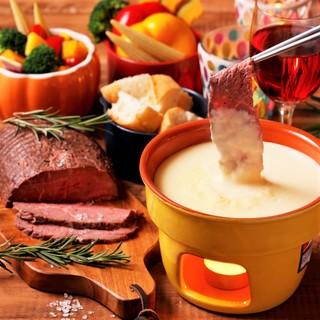 お肉とチーズの創作料理が人気!!